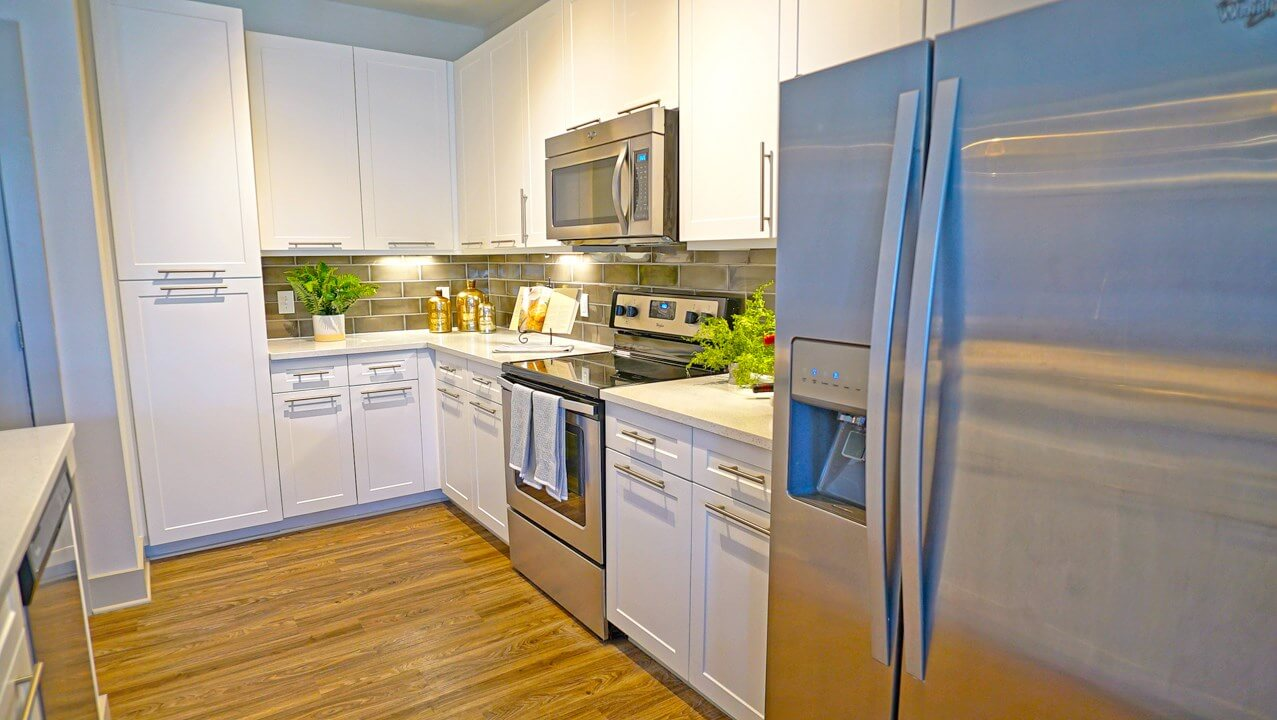 Kitchen with new cabinets & appliances